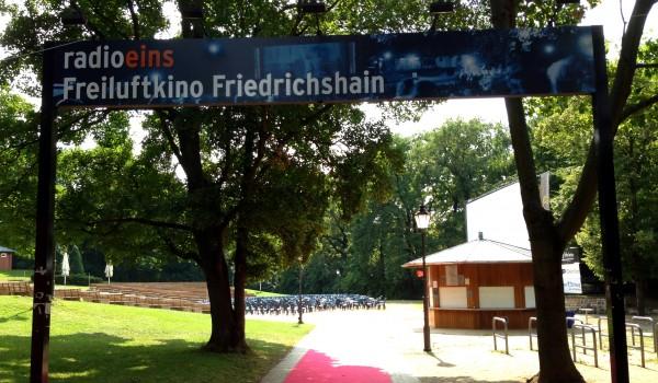 Berlin-Freiluftkino-Friedrichshain-Berlindu-600x350