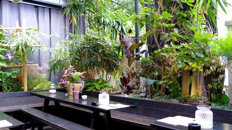 berlin-restaurants-dudu-mitte-terrasse
