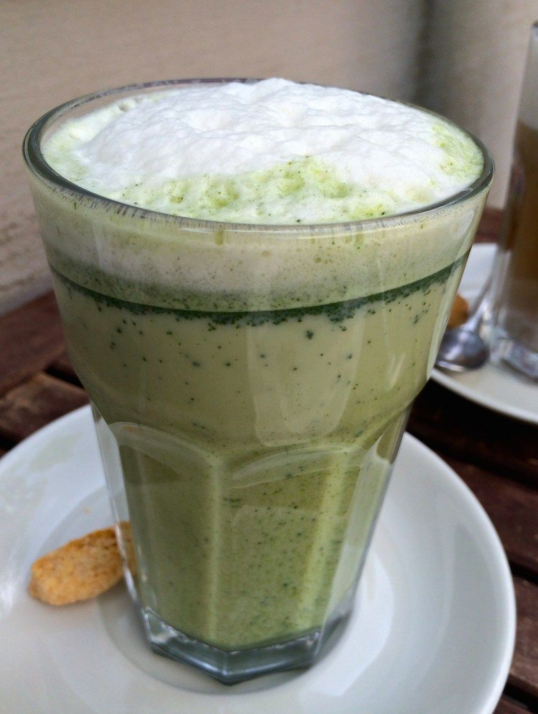 matcha-latte-cafe-vux-berlin
