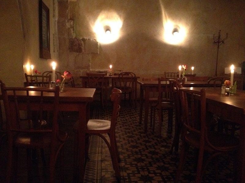 berlin-restaurant-defne-innen-berlindu