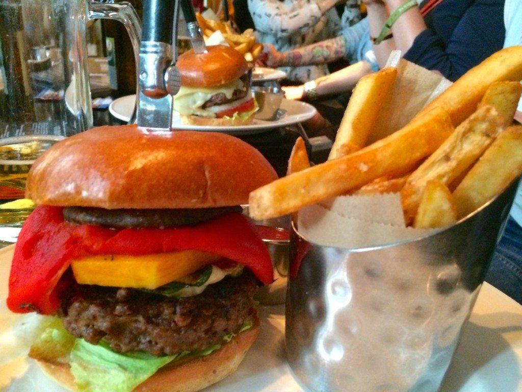veggie-burger-hard-rock-cafe-berlin