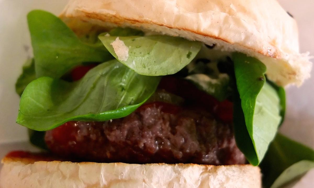 klassischer-hamburger-shiso-burger-berlin