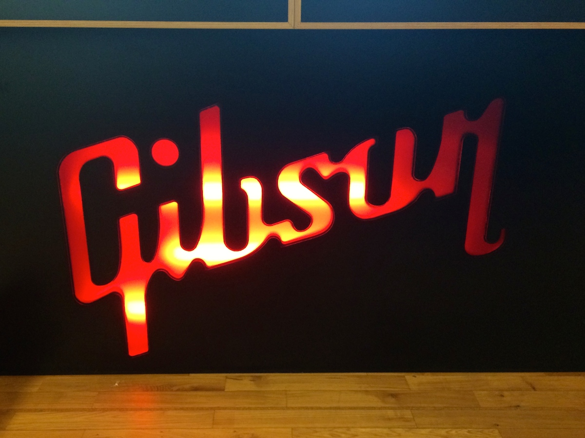 gibson-showroom-douglas-dare-spotify-session-berlin