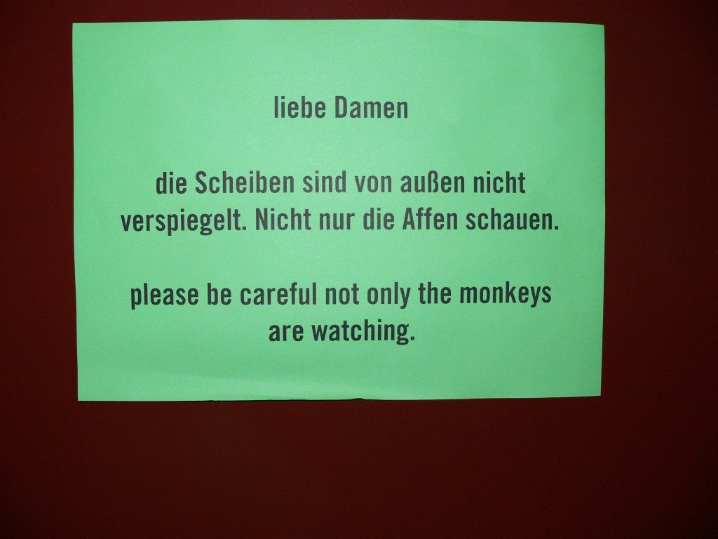 Berlin-Monkey-Bar-Toilette