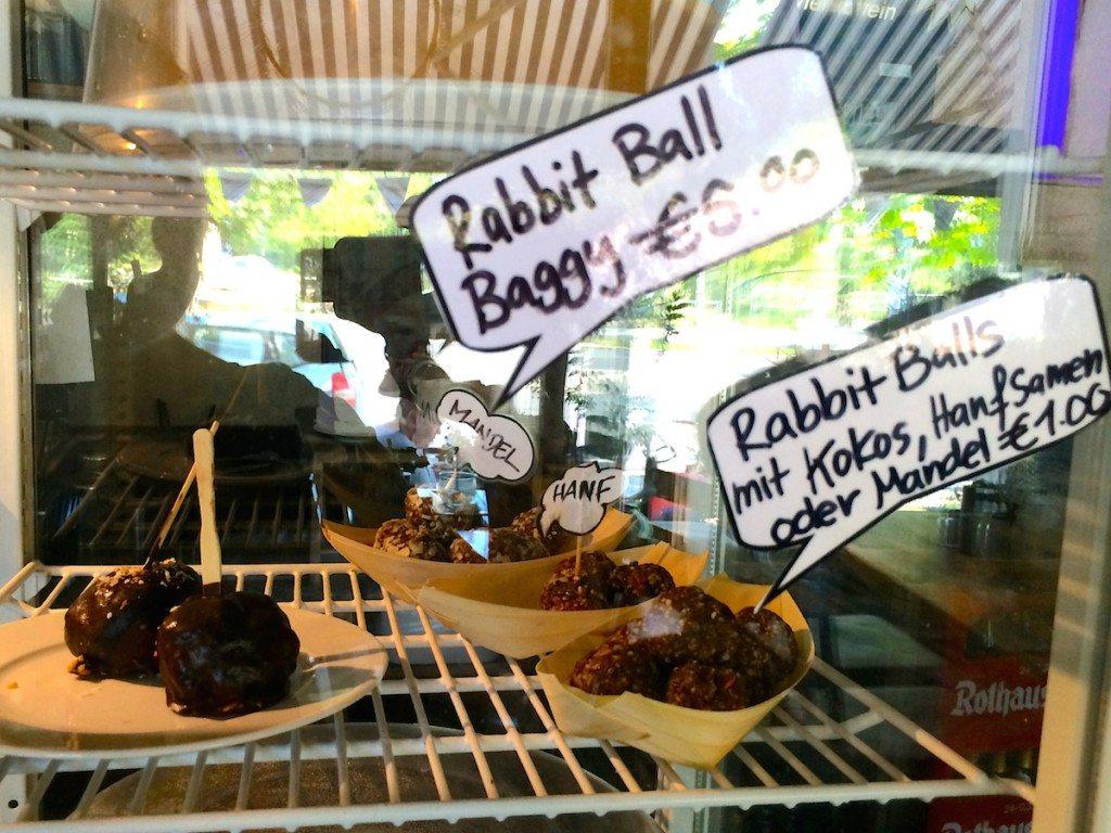 fast-rabbit-berlin-rabbit-balls