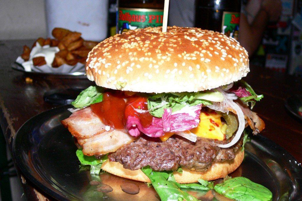Berlin-Burger-International-Chili-Cheese