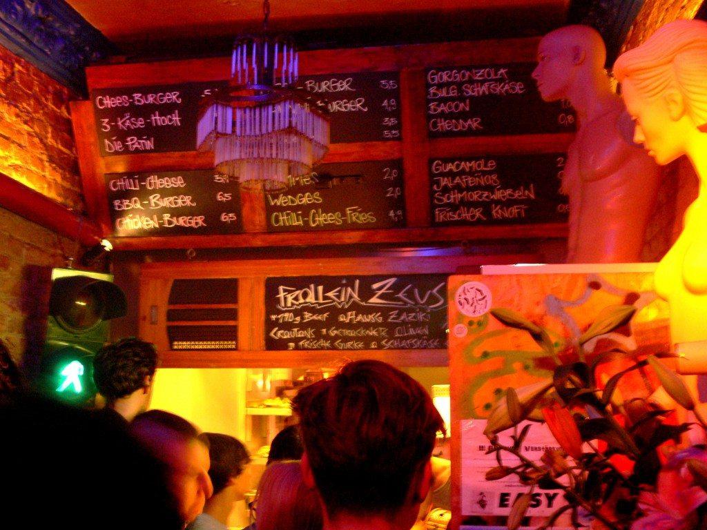 Berlin-Burger-International-Imbiss-innenJPG