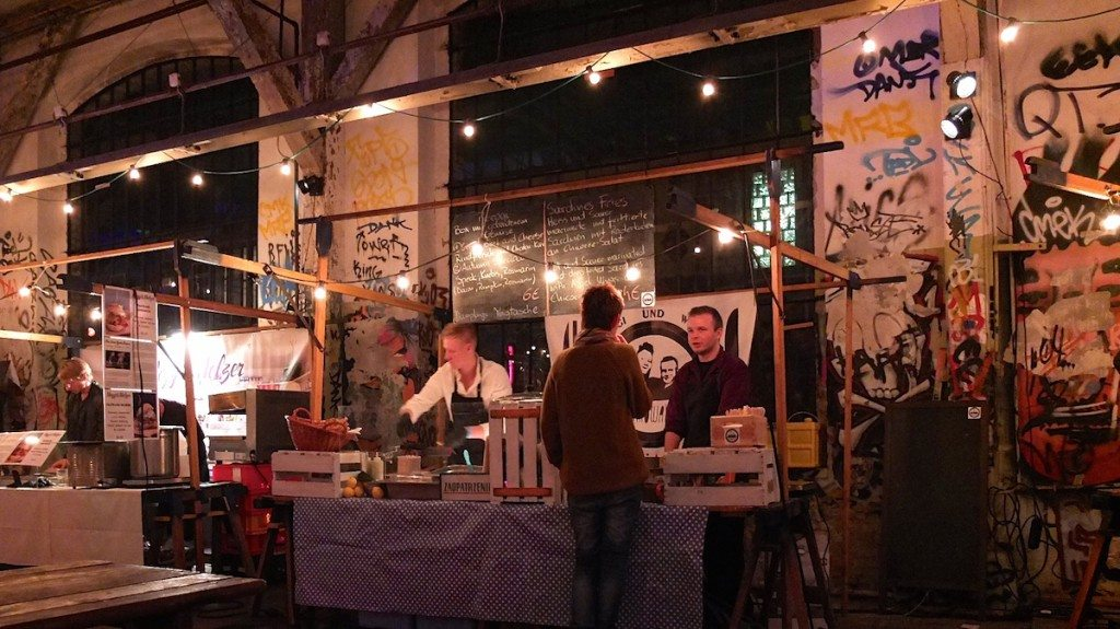 bar-food-night-neue-heimat-berlin-streetfood