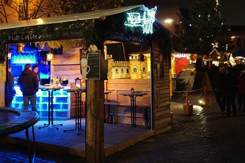 Berlin-Lucia-Weihnachtsmarkt-Buden-2