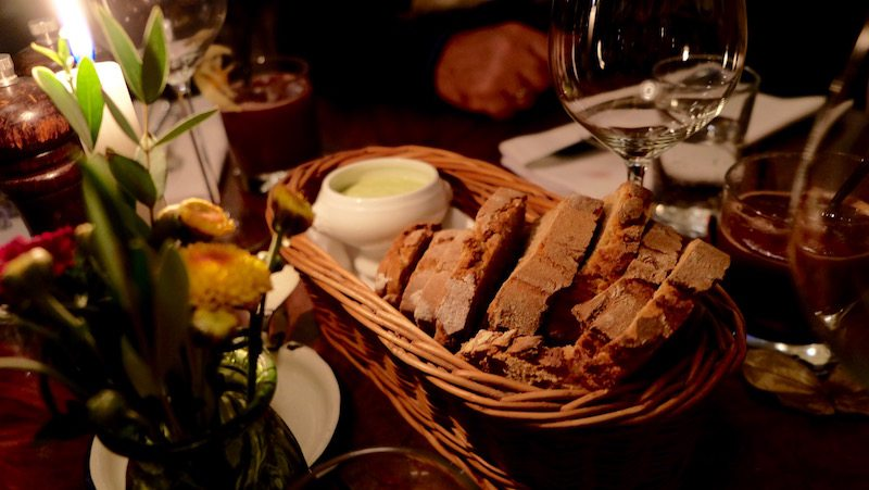 berlin-restaurants-fame-katerschmaus-brot