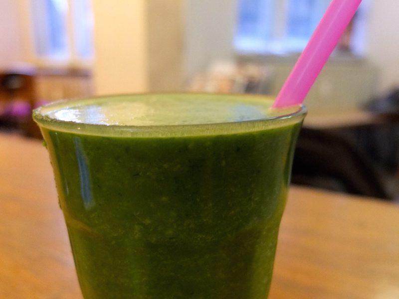 berlin-cafe-nothaft-seidel-green-mamba