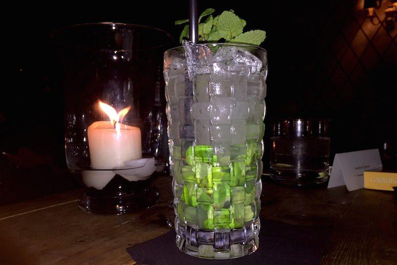 Berlin-Neue-Odessa-Bar-Drinks