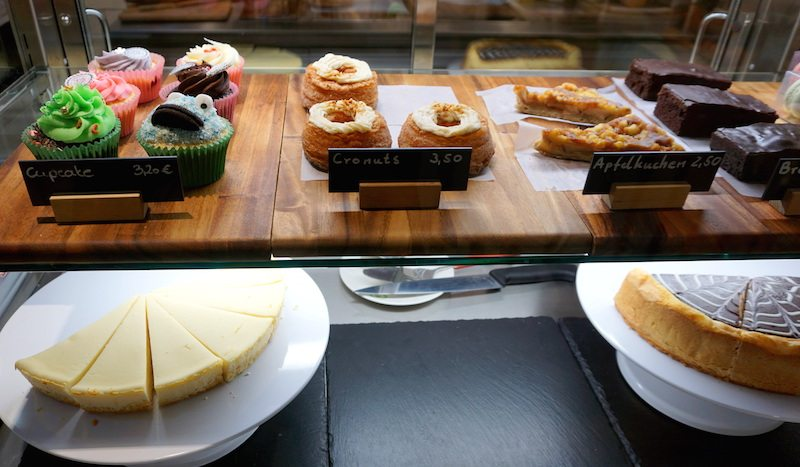Berlin youfresh kuchen mall of berlin berlin ick liebe dir for Kuchen lieferservice berlin