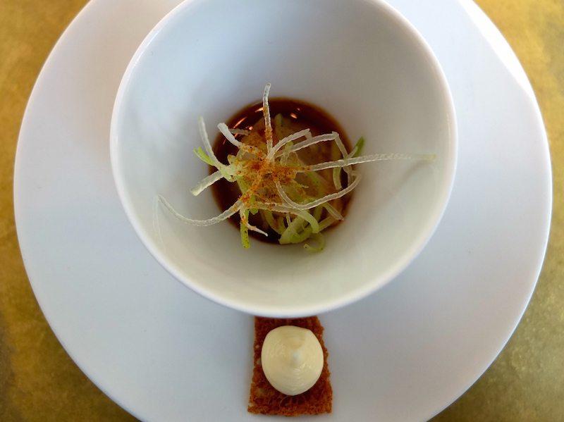 restaurant-facil-gruß-aus-der-küche-silberzwiebel