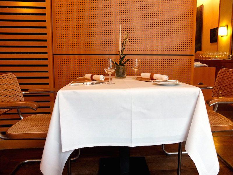 tische-restaurant-vau-berlin