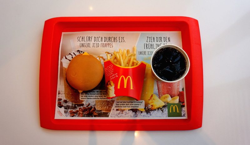 Berlin-McDonalds-Tablett