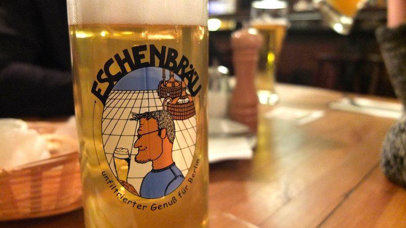 berlin-weltrestaurant-markthalle-bier