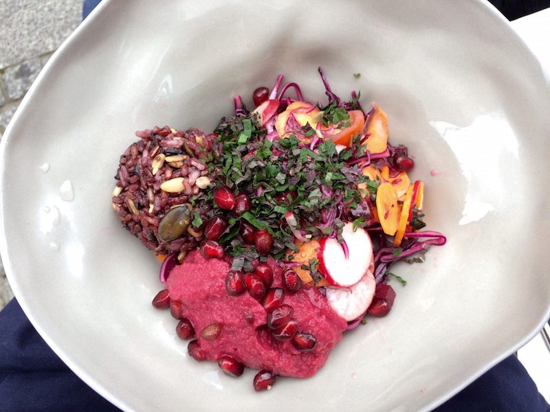 vegan-red-bowl-im-the-klub-kitchen