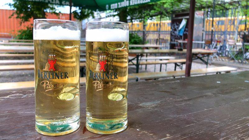 berlin-biergarten-emils-biergarten-willner-brauerei-bier