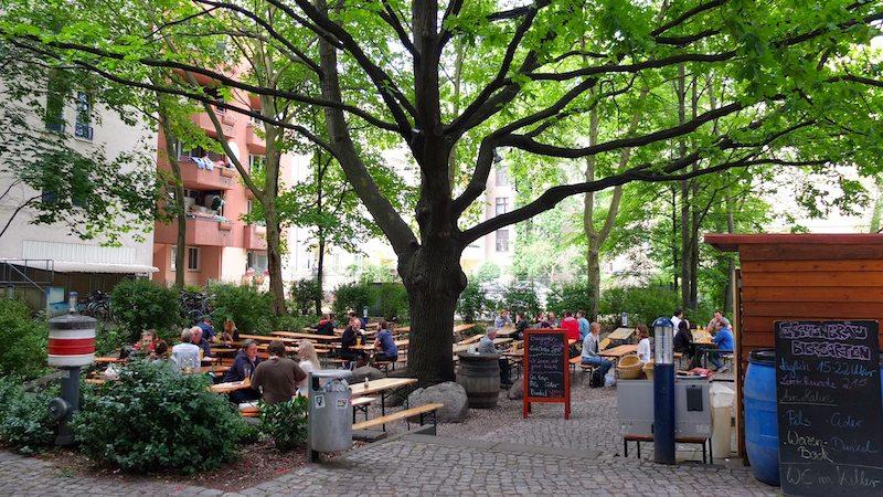berlin-biergarten-eschenbraeu-1