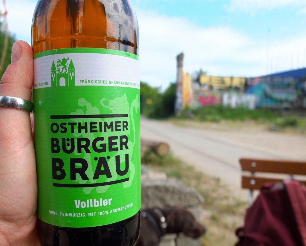 wilder-hase-im-nirgendwo-veganer-biergarten-berlin-bier