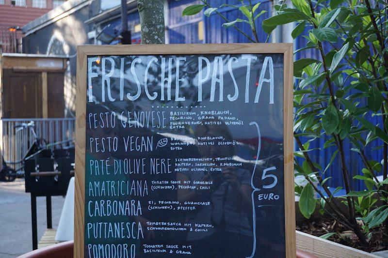 biergarten-birgit-und-bier-frische-pasta-2