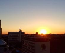 pilot-berlin-sommerfest-pan-am-lounge-sonnenuntergang