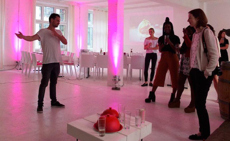 lieferservice-foodora-meetfoodora-diner-en-blog-berlin-begrüßung