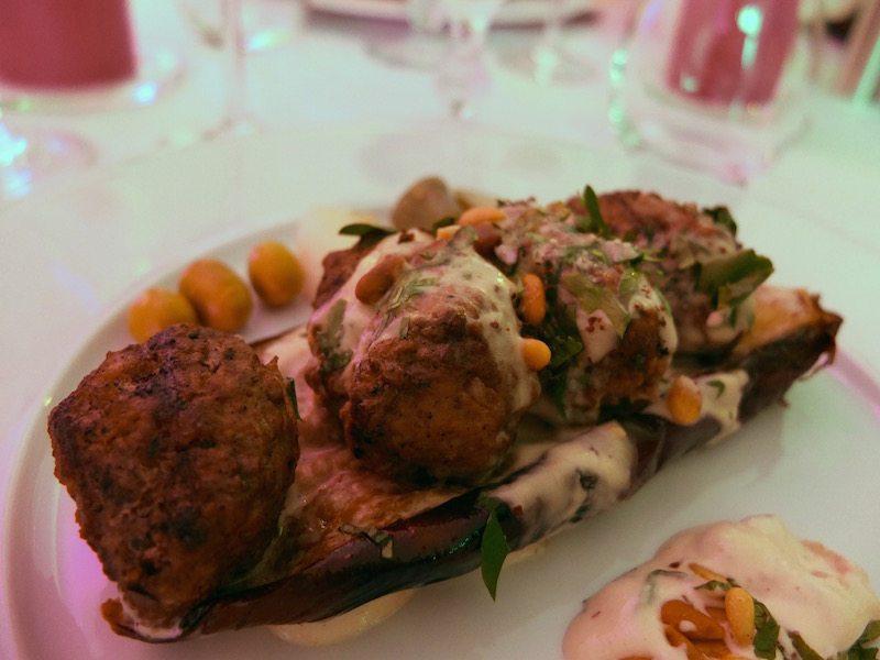 lieferservice-foodora-meetfoodora-diner-en-blog-berlin-djimalaya-rinder-kebab-auf-aubergine-2