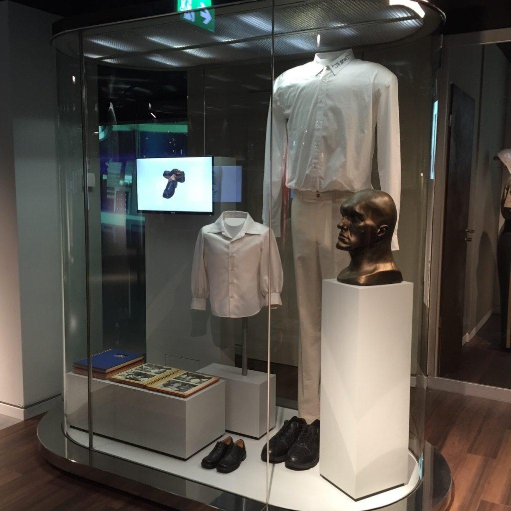 Berlin-Spy-Museum-James-Bond