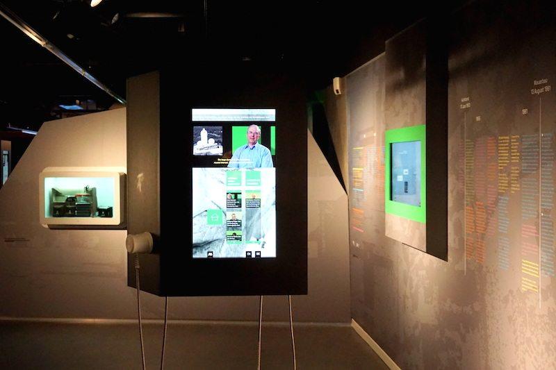 Berlin-Spy-Museum-Screens