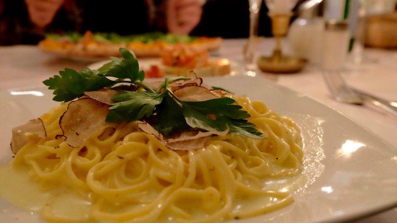 berlin-restaurants-italiener-brot-und-rosen-pasta-trueffel-2
