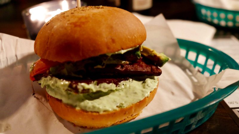 berlin-burger-wilhelms-burger-the-vegan-burger