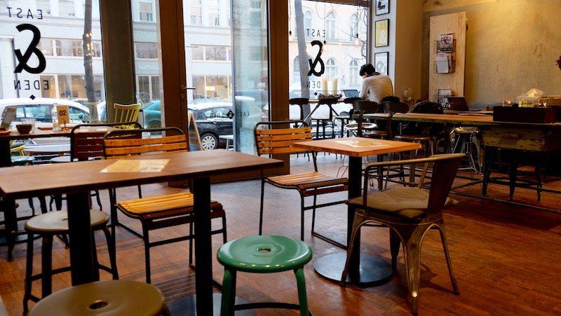 berlin-cafe-east-and-eden-torstrasse-einrichtung