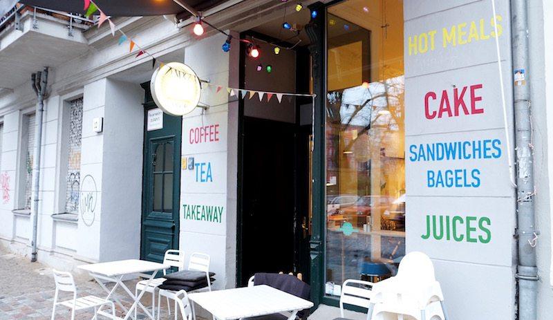 berlin-cafe-the-dairy-laden