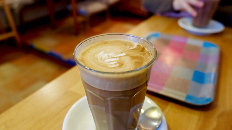 berlin-cafe-the-dairy-latte-macchiato