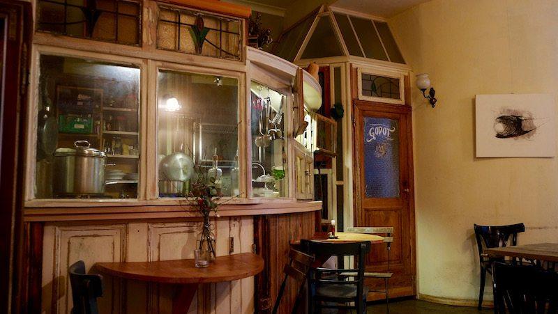 berlin-restaurants-cafe-ein-laden-neukoelln-einrichtung-1