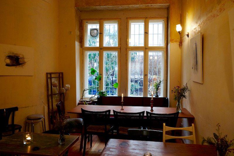 berlin-restaurants-cafe-ein-laden-neukoelln-einrichtung-2