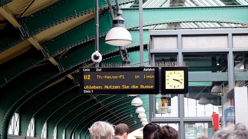 berlin-bvg-wartezeit