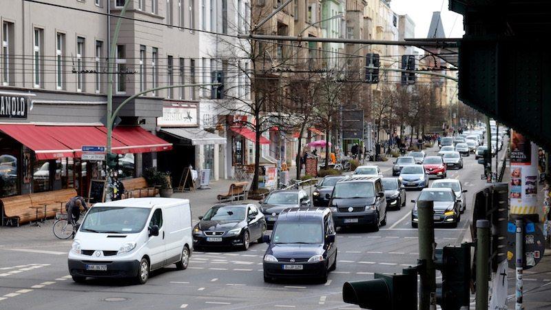 berlin-verkehr-autos