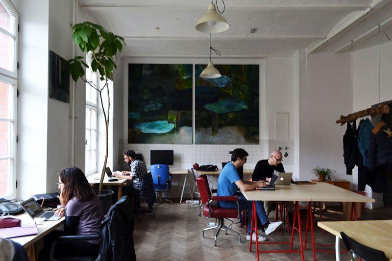 Berlin-Coworking-Space-Neukölln-Agora-Desks