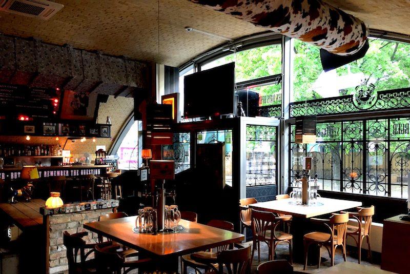 Berlin-The-Pub-Alexanderplatz-Burger-Restaurant