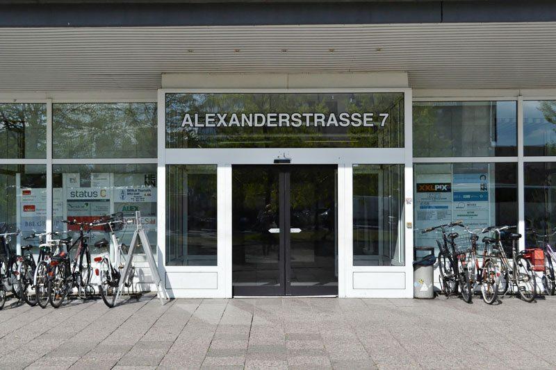 Berlin-creativemedialab-Coworking-Spaces-Mitte-Eingang