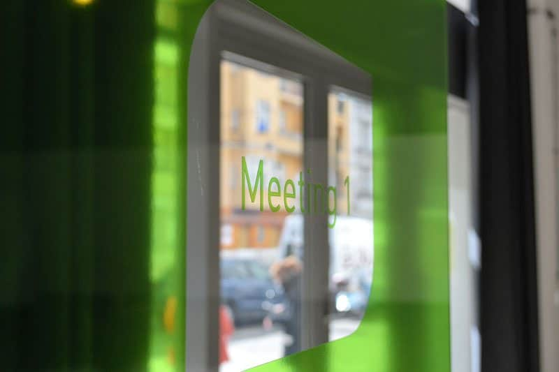 Berlin-mobilesuite-Coworking-Spaces-Prenzlauer Berg-Meetingraum (3)