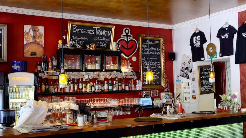 berlin-cafe-beakers-einrichtung-1