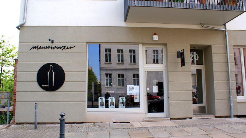 berlin-restaurants-mauerwinzer-laden-2