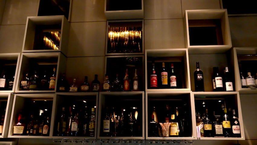 berlin-restaurants-crackers-bar