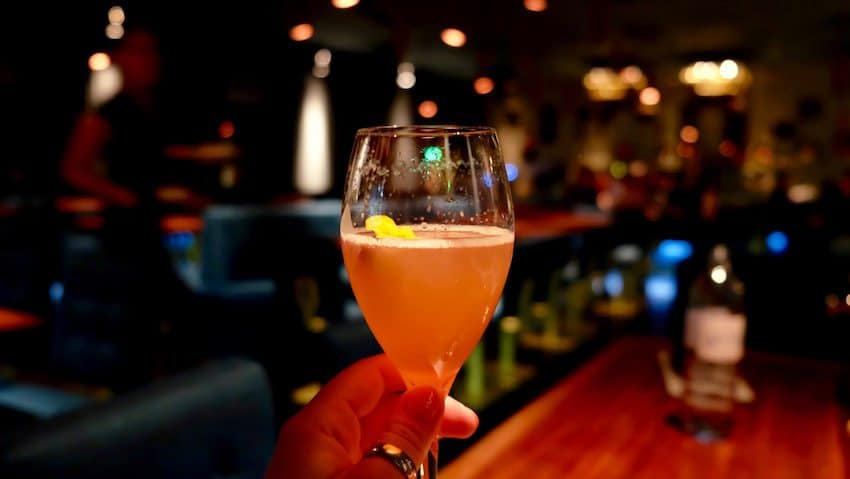 berlin-restaurants-crackers-champagner-cocktail-1
