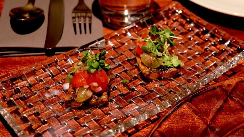 berlin-restaurants-crackers-sardinen
