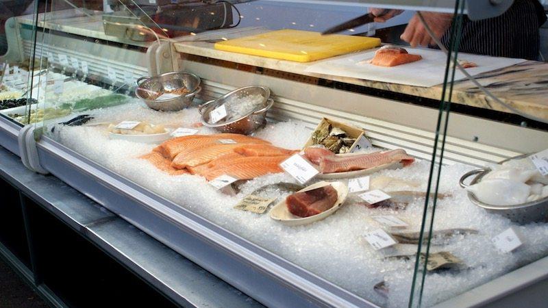 berlin-restaurants-der-fischladen-frischer-fisch
